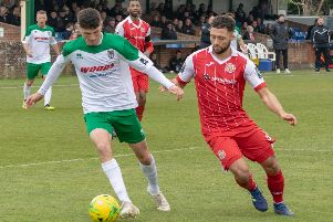 Leon Maloney takes the game to Harlow / Picture by Darren Crisp