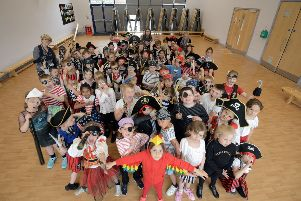 ks190300-11 Glebe Primary Pirate  phot kate SUS-191006-202511008