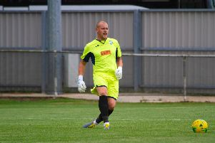 City keeper Steve Mowthorpe / Picture by Neil Holmes