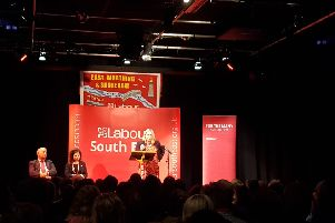 Lavinia O'Connor addresses the Labour party meeting at the Ropetackle SUS-190924-154136001