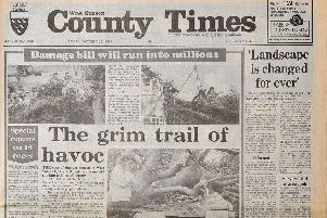 West Sussex County Times. Edition 23rd October 1987. Hurricane Great Gale'Copypic Steve Robards SR1902855 SUS-190402-114940001